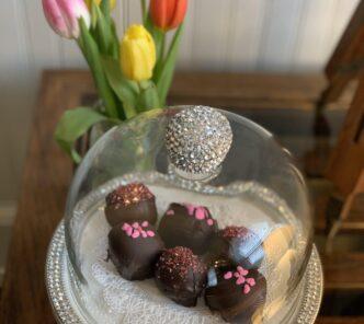 Blue Harbor House Inn Cake Balls