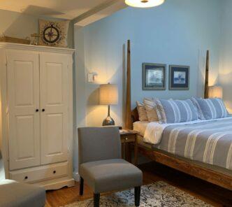 Blue Harbor House Inn King Suite